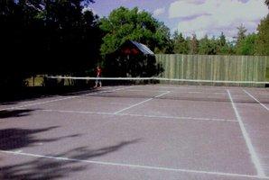 Tennisbana Bäl
